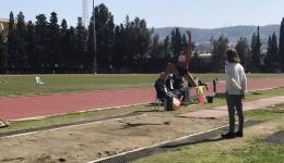 Öğrencimiz Yasemin Zehra Börekçi uzun atlamada5,59 luk derecesiyle İzmir birincisi oldu.